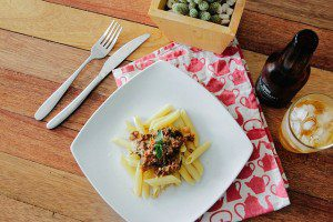 We Don't Eat Dinner Together and That's OK | Kansas City Moms Blog (eating dinner together)