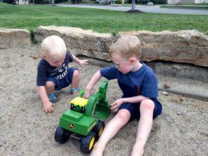 The Suburbs Don't Suck After All | Kansas City Moms Blog