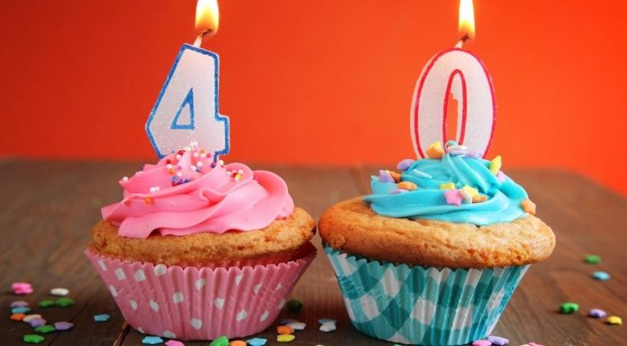 pic of fortieth birthday cupcakes