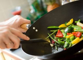 pic of vegetables being sauteed