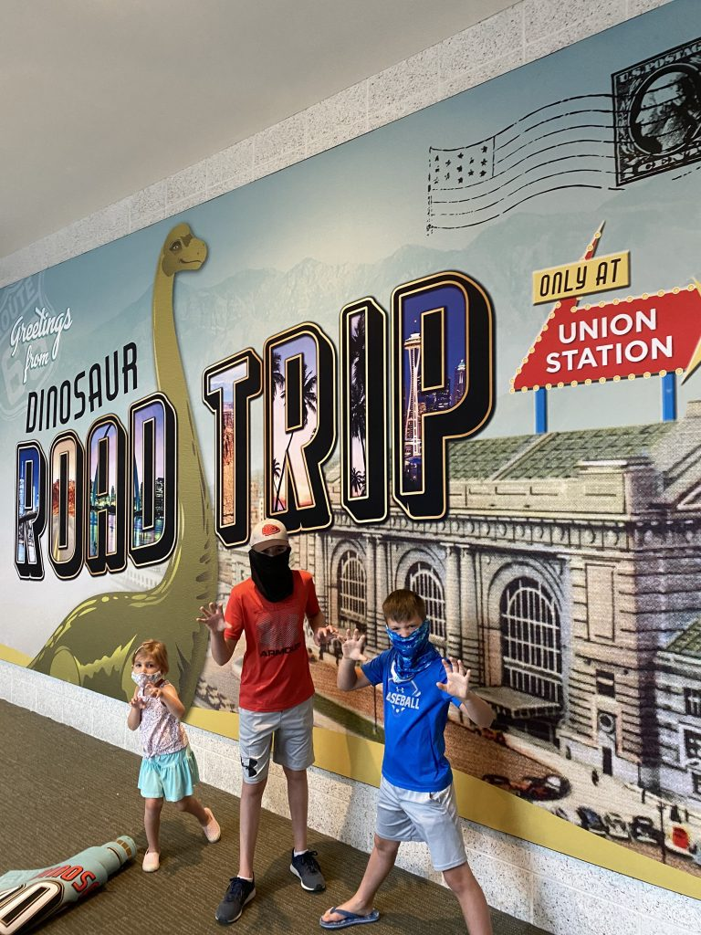 Dinosaur Road Trip, Union Station