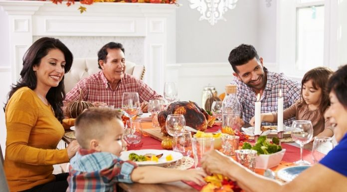 pic of family eating a holiday meal