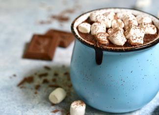 pic of mug full of hot chocolate topped with marshmellows