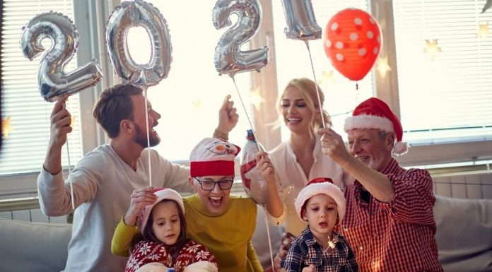 family celebrating the 2021 new year at home