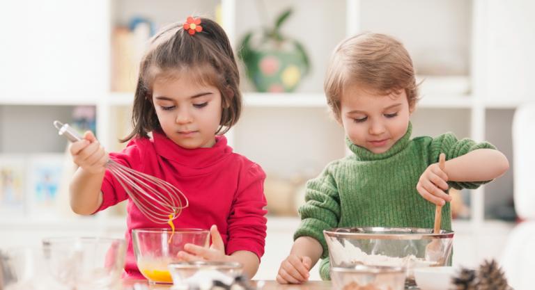 Holiday Treat Recipes: Kid Friendly Baking